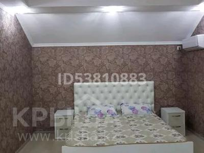 5-комнатный дом, 310 м², 5 сот., Мкр. Атырау за 42 млн 〒