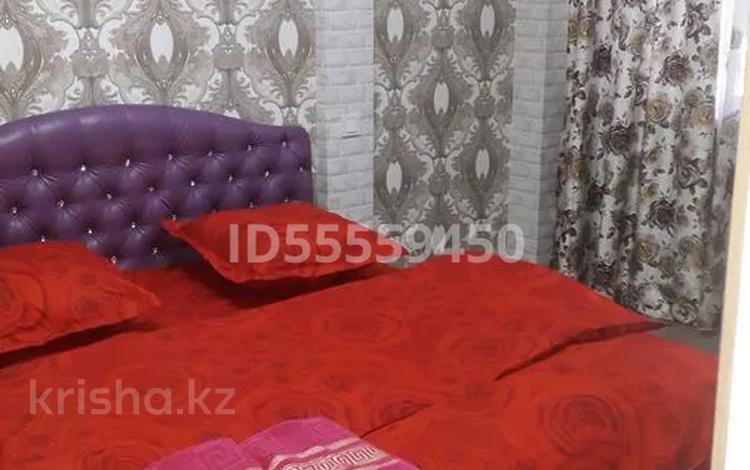 1-комнатная квартира, 35 м², 2/5 этаж посуточно, Электрон 26 — Республики за 7 000 〒 в Шымкенте