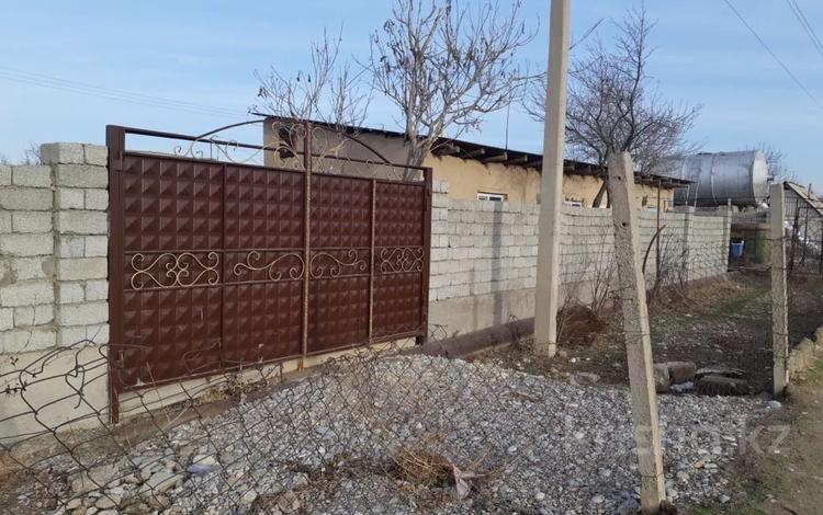 Дача с участком в 12 сот., Казбек би 48 за 12 млн 〒 в Шымкенте