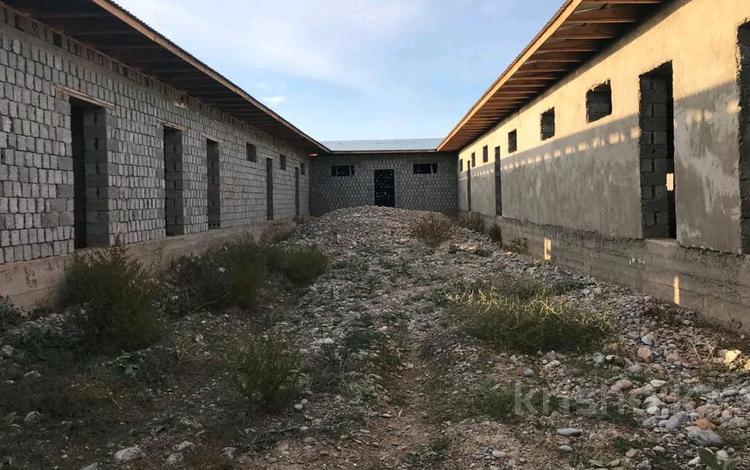 Склад бытовой 8 соток, Квартал 232/808 за 23 млн 〒 в Шымкенте, Каратауский р-н