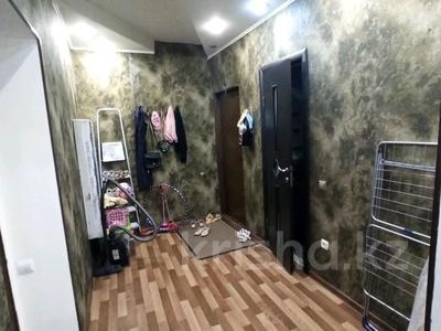 1-комнатная квартира, 35 м², 1/12 этаж, мкр Аксай-1А — Толе би за 13.8 млн 〒 в Алматы, Ауэзовский р-н — фото 7