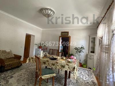 8-комнатный дом, 180 м², 6 сот., Тауке хан 84 за 28 млн 〒 в