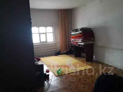 1-комнатный дом, 79 м², 9 сот., Тараз за 7.2 млн 〒