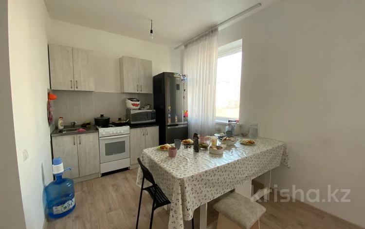 3-комнатная квартира, 60 м², 2/15 этаж, 38-ая за 25.3 млн 〒 в Нур-Султане (Астане), Есильский р-н