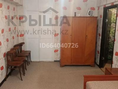 1-комнатная квартира, 38 м², 1/5 этаж помесячно, Ауэзова 54 за 90 000 〒 в Нур-Султане (Астана), Сарыарка р-н