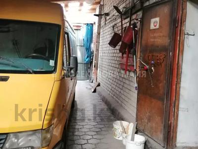 Магазин площадью 630 м², проспект Бухар Жырау 101 за 23 млн 〒 в Караганде, Казыбек би р-н — фото 10