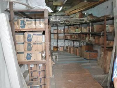 Магазин площадью 630 м², проспект Бухар Жырау 101 за 23 млн 〒 в Караганде, Казыбек би р-н — фото 9