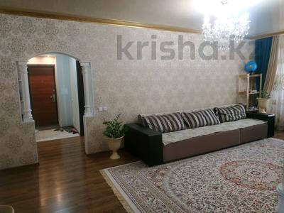 3-комнатная квартира, 91 м², 16/17 этаж, проспект Шахтёров 60 за 24.5 млн 〒 в Караганде, Казыбек би р-н — фото 3