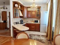 2-комнатная квартира, 90 м² помесячно