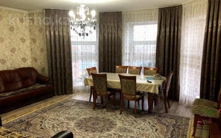 3-комнатная квартира, 100 м², 9/9 этаж, Сейфуллина 3 за 29.5 млн 〒 в Нур-Султане (Астана), Сарыарка р-н