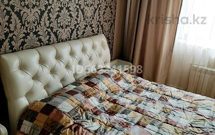 1-комнатная квартира, 45 м², 7/10 этаж по часам, мкр Аксай-3 25 — Момышулы маречека за 1 000 〒 в Алматы, Ауэзовский р-н