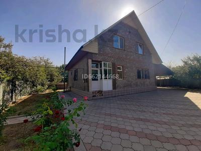 6-комнатный дом, 184 м², 6 сот., мкр Алгабас, Фариза Орынгасырова за 39.5 млн 〒 в Алматы, Алатауский р-н