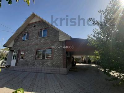 6-комнатный дом, 184 м², 6 сот., мкр Алгабас, Фариза Орынгасырова за 39.5 млн 〒 в Алматы, Алатауский р-н — фото 2