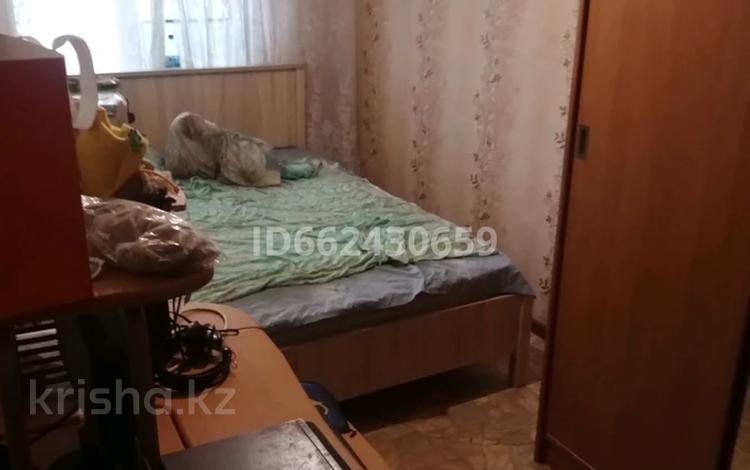 3-комнатная квартира, 60 м², 2/5 этаж, проспект Бауыржана Момышулы 21/1 за 7 млн 〒 в Темиртау
