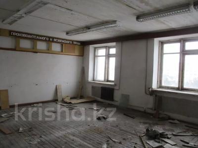 Помещение площадью 1083.9 м², Машхур Жусупа 98 за ~ 24.2 млн 〒 в Экибастузе