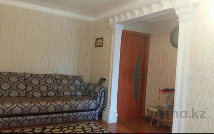 3-комнатная квартира, 58 м², 2/2 этаж, Есет Батыра 96 — Скулкина за 7 млн 〒 в Актобе, Нур Актобе
