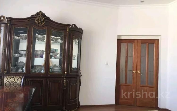 5-комнатный дом, 150 м², 5 сот., Грибоедова 13в — Панфилова за 30 млн 〒 в Атырауской обл.