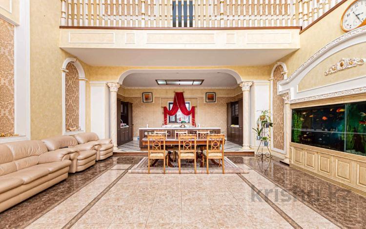 10-комнатный дом, 744 м², 10 сот., Сулутобе 35 за 220 млн 〒 в Нур-Султане (Астана), Алматы р-н
