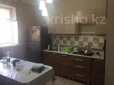 3-комнатный дом, 130 м², 6 сот., Контейнерный 160 за 20 млн 〒 в Атырау — фото 7