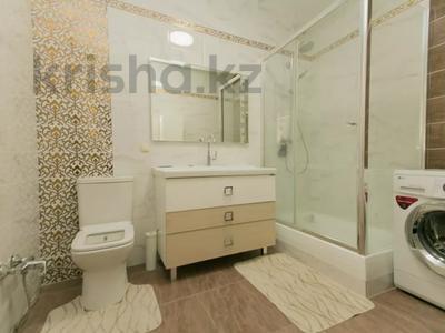 3-комнатная квартира, 130 м², 11/41 этаж посуточно, Достык 5 — Акмешет за 20 000 〒 в Нур-Султане (Астана), Есиль р-н — фото 13