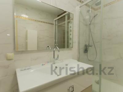3-комнатная квартира, 130 м², 11/41 этаж посуточно, Достык 5 — Акмешет за 20 000 〒 в Нур-Султане (Астана), Есиль р-н — фото 14