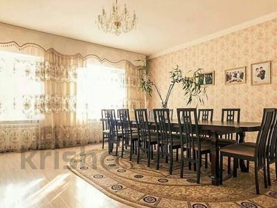 7-комнатный дом, 500 м², 10 сот., Зеренды 26 — Талгар за 70 млн 〒 в Нур-Султане (Астана), Алматы р-н