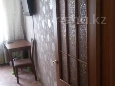 2-комнатная квартира, 43 м², 4/5 этаж, мкр Аксай-2 за 14.5 млн 〒 в Алматы, Ауэзовский р-н — фото 2