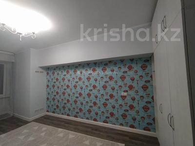 3-комнатная квартира, 69 м², 3/7 этаж помесячно, Толе би 160 — Ауэзова за 150 000 〒 в Алматы, Алмалинский р-н — фото 3