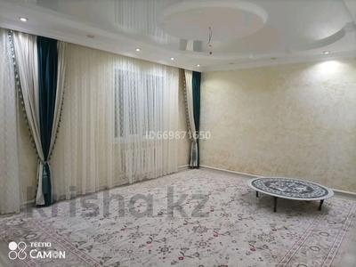 5-комнатный дом, 180 м², 10 сот., 070 за 30 млн 〒 в Каражаре