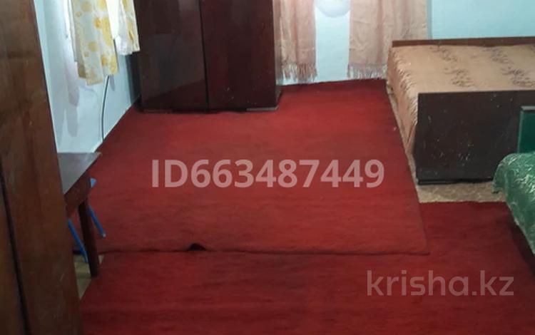 2-комнатный дом помесячно, 30 м², Райымбека — Бокейханова за 25 000 〒 в Алматы, Алмалинский р-н