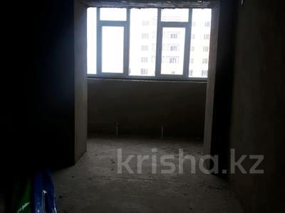 2-комнатная квартира, 78 м², 8/8 этаж, Батыс 2 48г за 9.6 млн 〒 в Актобе