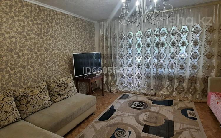 1-комнатная квартира, 42 м², 1/5 этаж, мкр Юго-Восток, Степной 1 44 за 12 млн 〒 в Караганде, Казыбек би р-н
