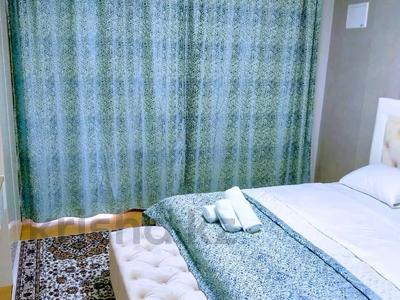 1-комнатная квартира, 47 м², 23/28 этаж по часам, Кошкарбаева 10/1 — Тауелсиздык за 2 500 〒 в Нур-Султане (Астане), Алматы р-н