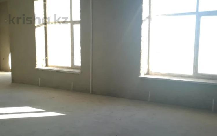 Помещение площадью 312 м², Батыс 2 за ~ 49.9 млн 〒 в Актобе, мкр. Батыс-2