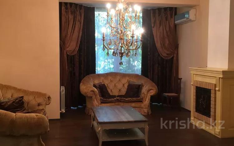 6-комнатный дом, 500 м², 20 сот., проспект Достык 145 за 772 млн 〒 в Алматы, Медеуский р-н