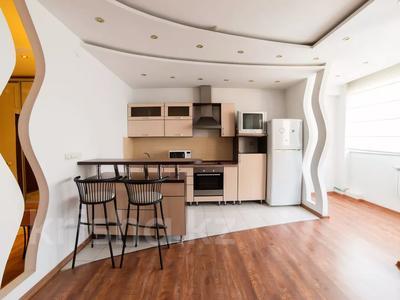 3-комнатная квартира, 90 м², 16/25 этаж посуточно, Каблукова 38г за 18 000 〒 в Алматы, Бостандыкский р-н — фото 4