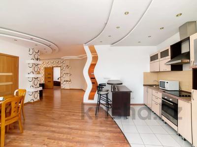 3-комнатная квартира, 90 м², 16/25 этаж посуточно, Каблукова 38г за 18 000 〒 в Алматы, Бостандыкский р-н — фото 6