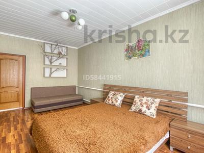 4-комнатный дом посуточно, 200 м², Табаган за 70 000 〒 в  — фото 13