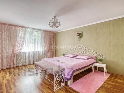 4-комнатный дом посуточно, 200 м², Табаган за 70 000 〒 в  — фото 14