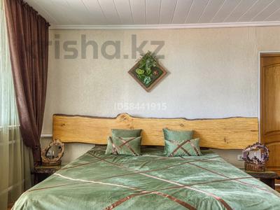 4-комнатный дом посуточно, 200 м², Табаган за 70 000 〒 в  — фото 17
