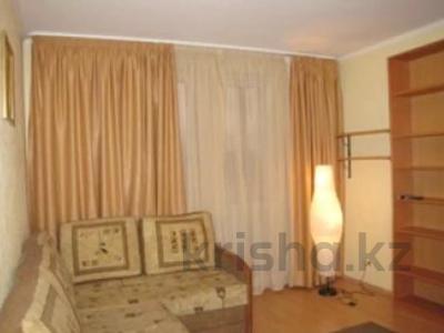 3-комнатная квартира, 56 м², 5/5 этаж, 11 микрорайон за 9.7 млн 〒 в Шымкенте