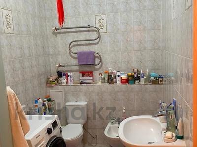 1-комнатная квартира, 47 м², 12/20 этаж, Кошкарбаева 26 за 18 млн 〒 в Нур-Султане (Астана), Алматы р-н — фото 8