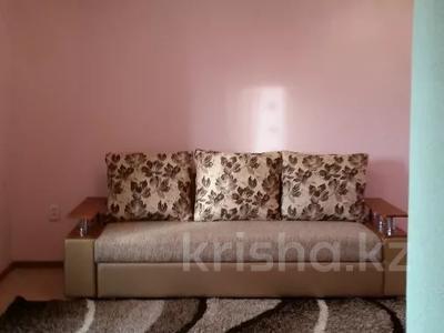 2-комнатная квартира, 50 м², 5/9 этаж посуточно, Шакарима 20 — Дулатова за 7 000 〒 в Семее — фото 2