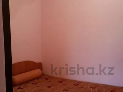 2-комнатная квартира, 50 м², 5/9 этаж посуточно, Шакарима 20 — Дулатова за 7 000 〒 в Семее — фото 3