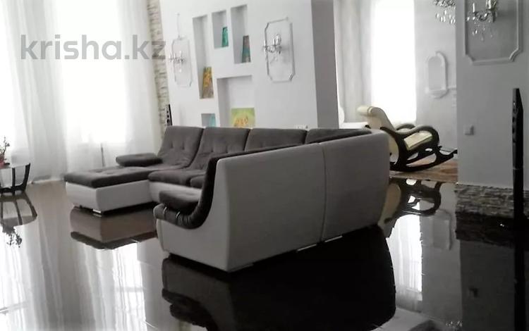5-комнатный дом, 505 м², 10 сот., Табаган 25 за 112 млн 〒 в Алматы