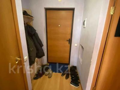 1-комнатная квартира, 38 м², 2/12 этаж, Кобланды батыра за 10.7 млн 〒 в Нур-Султане (Астана), Алматы р-н — фото 11