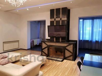 4-комнатная квартира, 200 м², 2/5 этаж помесячно, Омаровой 27 за 500 000 〒 в Алматы, Медеуский р-н — фото 12