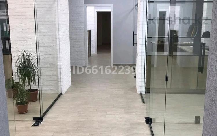 Офис площадью 183 м², улица Менделеева 3 — Абая за 35 млн 〒 в Темиртау
