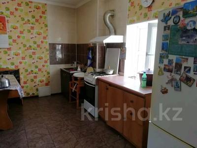 9-комнатный дом, 450 м², 10 сот., Алимбетова 258 — Сайрамская за 40 млн 〒 в Шымкенте, Енбекшинский р-н — фото 5