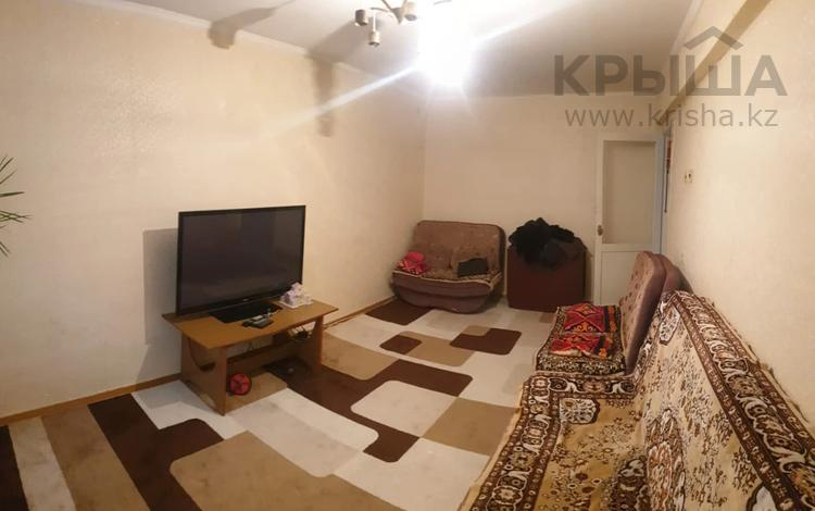 3-комнатная квартира, 65 м², 2/5 этаж, Астана 16/1 за 18 млн 〒 в Усть-Каменогорске